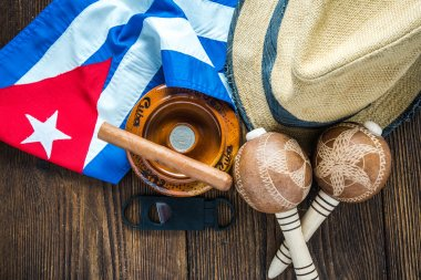 Vacation in Cuba concept, related items on table.