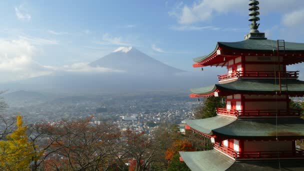 Mt. fuji s barvami podzimu v Japonsku