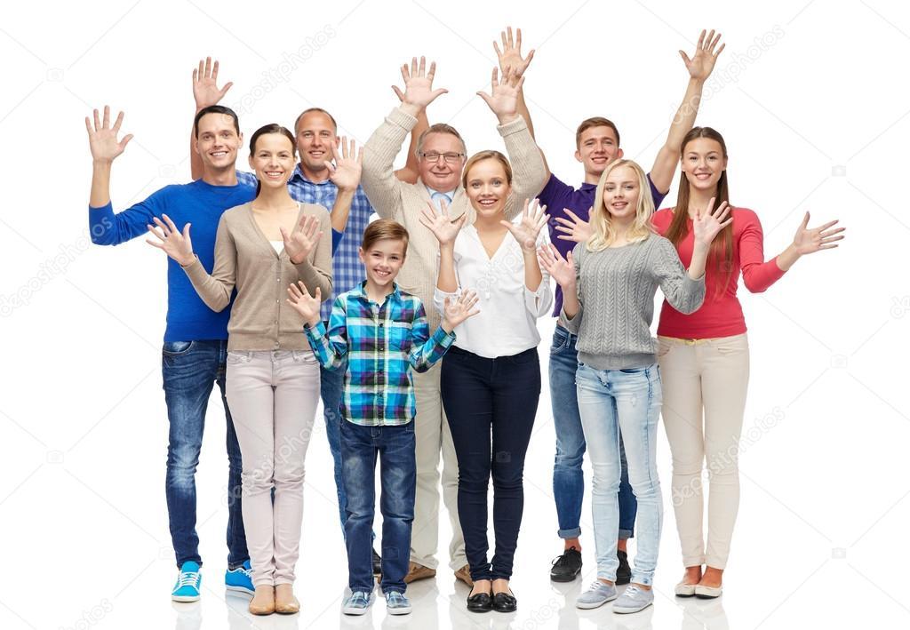 Gruppe lächelnder Menschen winken Hände — Stockfoto © Syda ...