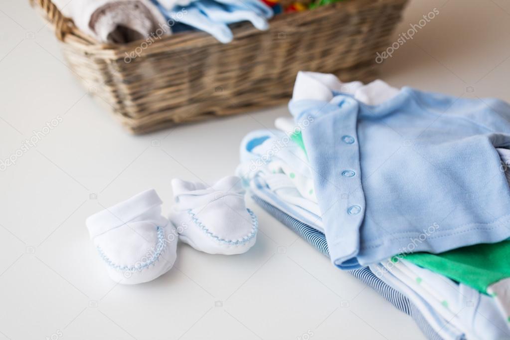 ropa de bebe cerca
