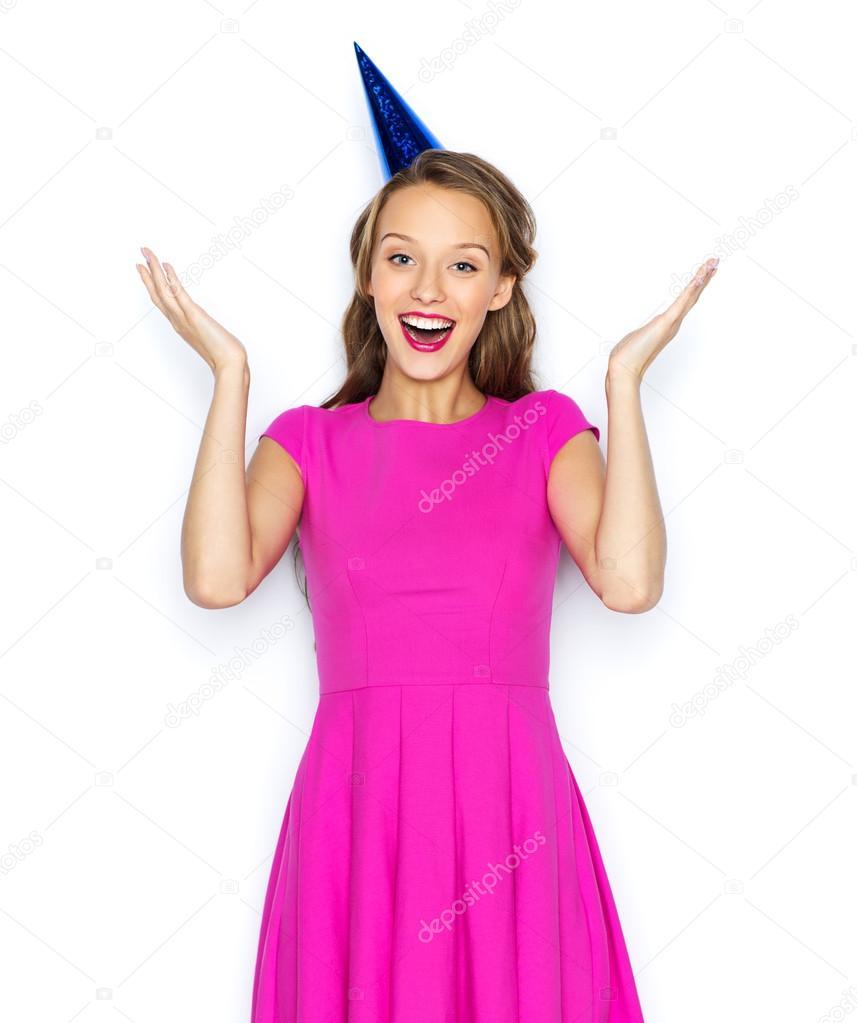 glückliche junge Frau oder Teen Mädchen in Partei-cap — Stockfoto ...