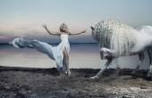 A ló makrancos csábító nő