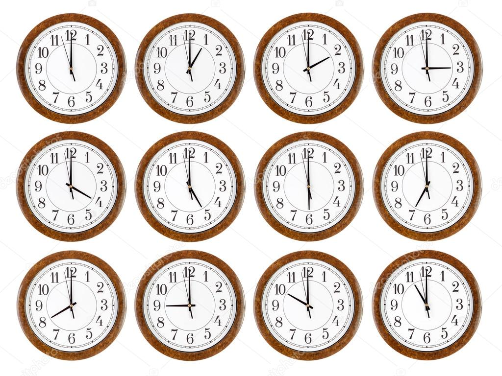 Set de relojes de pared con marco de madera color marrón — Foto de ...