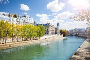 Notre Dame along the Seine river