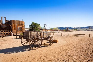 Old wooden wagon in Pioneer town