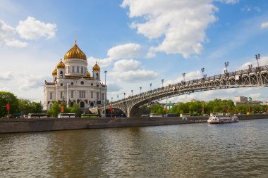 Cathedral of Christ Savior and Patriarchal bridge in Moscow