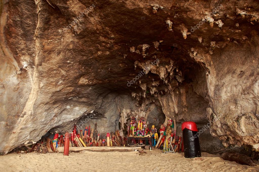 Pranang cave with wooden phallus