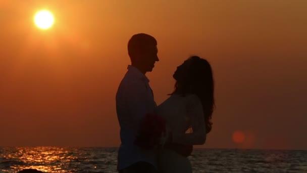 krásná nevěsta ve svatebních šatech