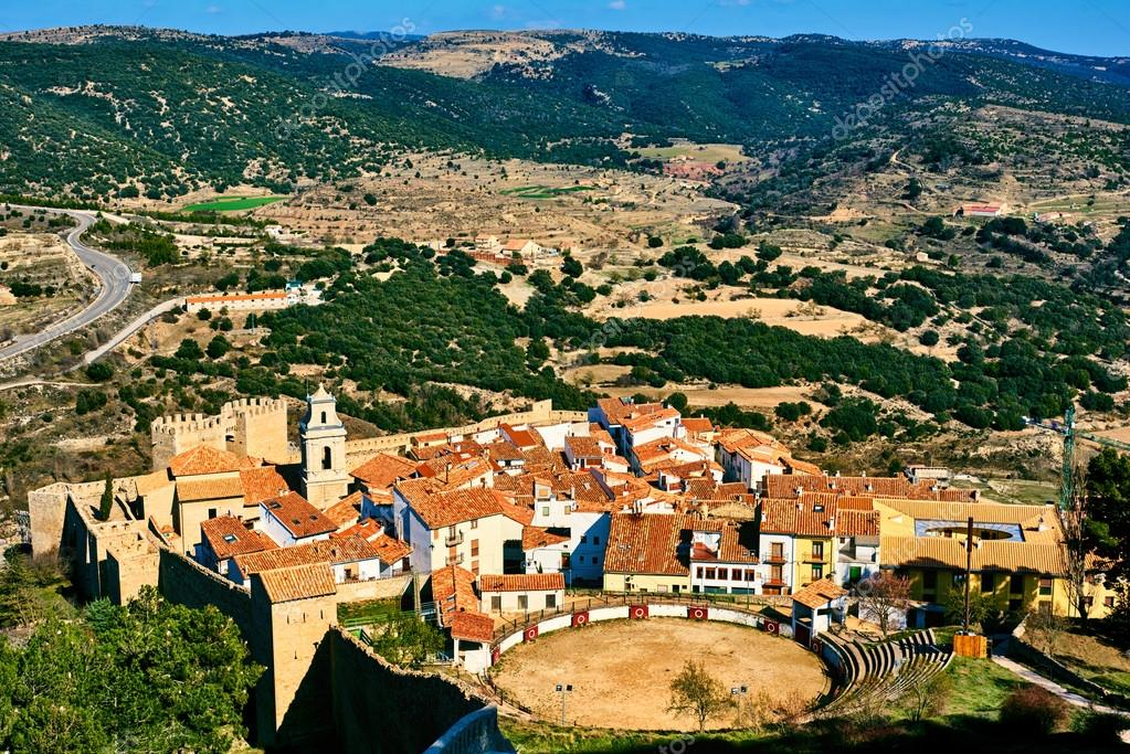 Bullring in Morella and surrounding countryside