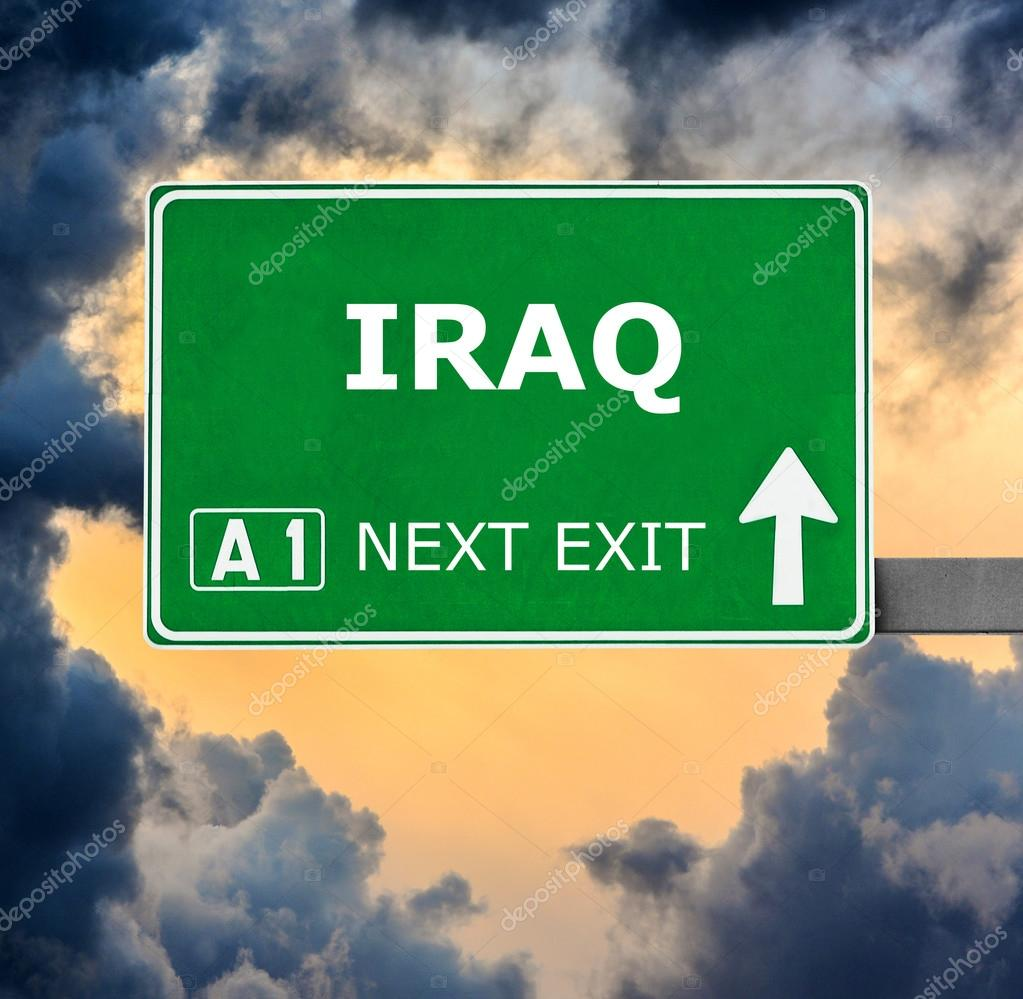 panneau de signalisation de l 39 iraq contre claire ciel bleu photographie alexis84 120607322. Black Bedroom Furniture Sets. Home Design Ideas
