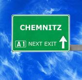Fotografie Chemnitz-Straßenschild gegen klar blauen Himmel