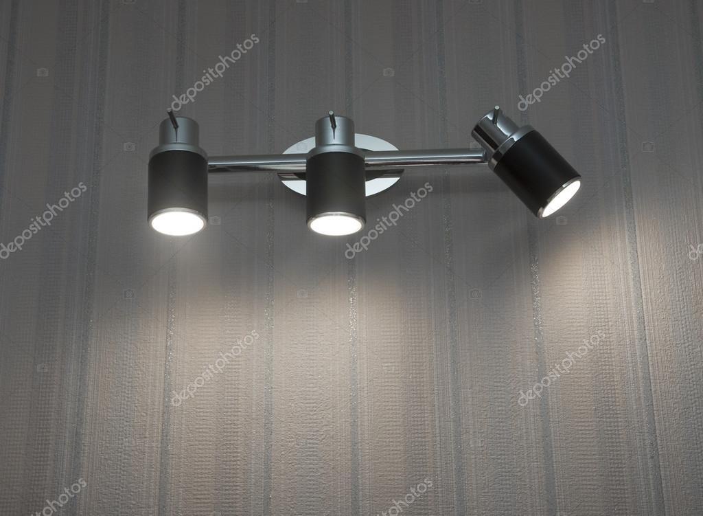 Plafoniere Moderne Da Parete : Due plafoniere moderne montato a parete u foto stock inxti