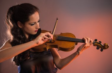 Young woman with violin