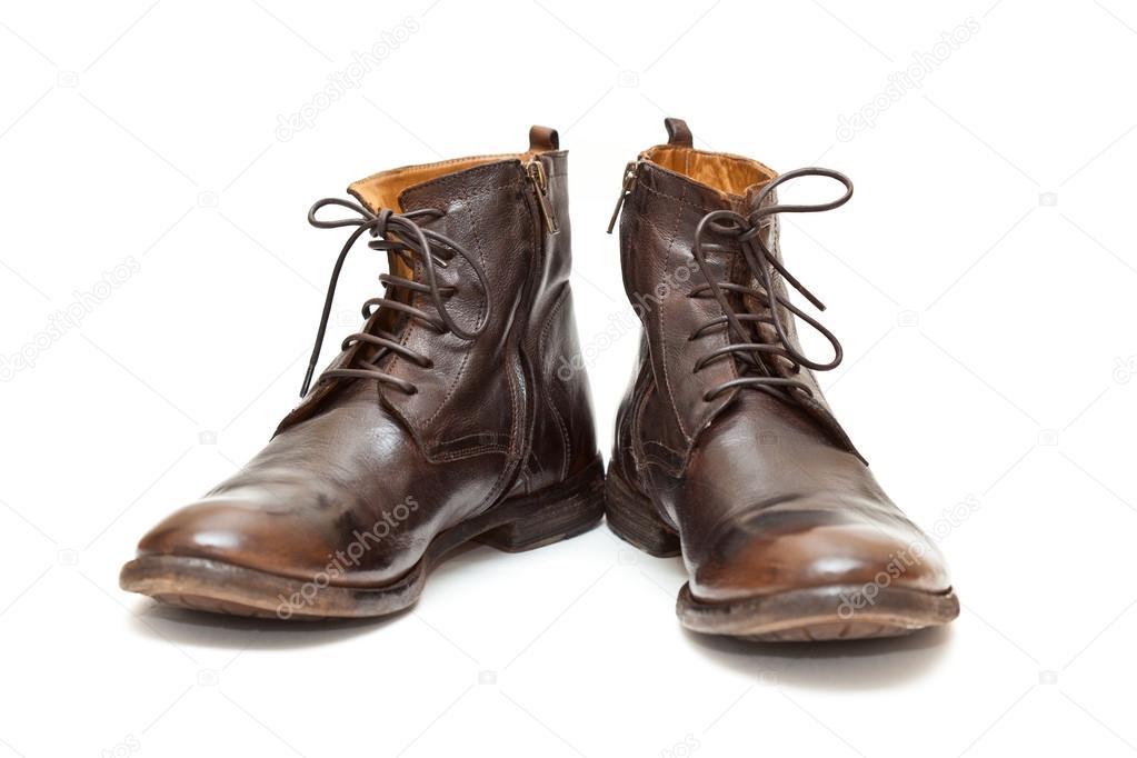 Divatos férfi bőr cipő elszigetelt fehér background. Őszi - tavaszi cipő  barna. Férfi csizma– stock kép 5217358fad