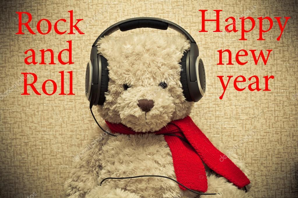 https://st2.depositphotos.com/1020663/5867/i/950/depositphotos_58675183-stock-photo-teddy-bear-with-headphones-rock.jpg