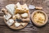 Fotografia Varietà di formaggi. Stiles dellannata