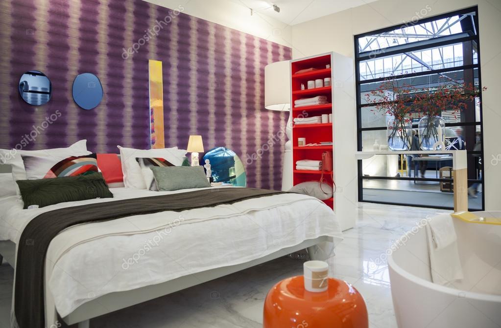 https://st2.depositphotos.com/1021014/6005/i/950/depositphotos_60052531-stock-photo-bedroom-of-dutch-interior-design.jpg