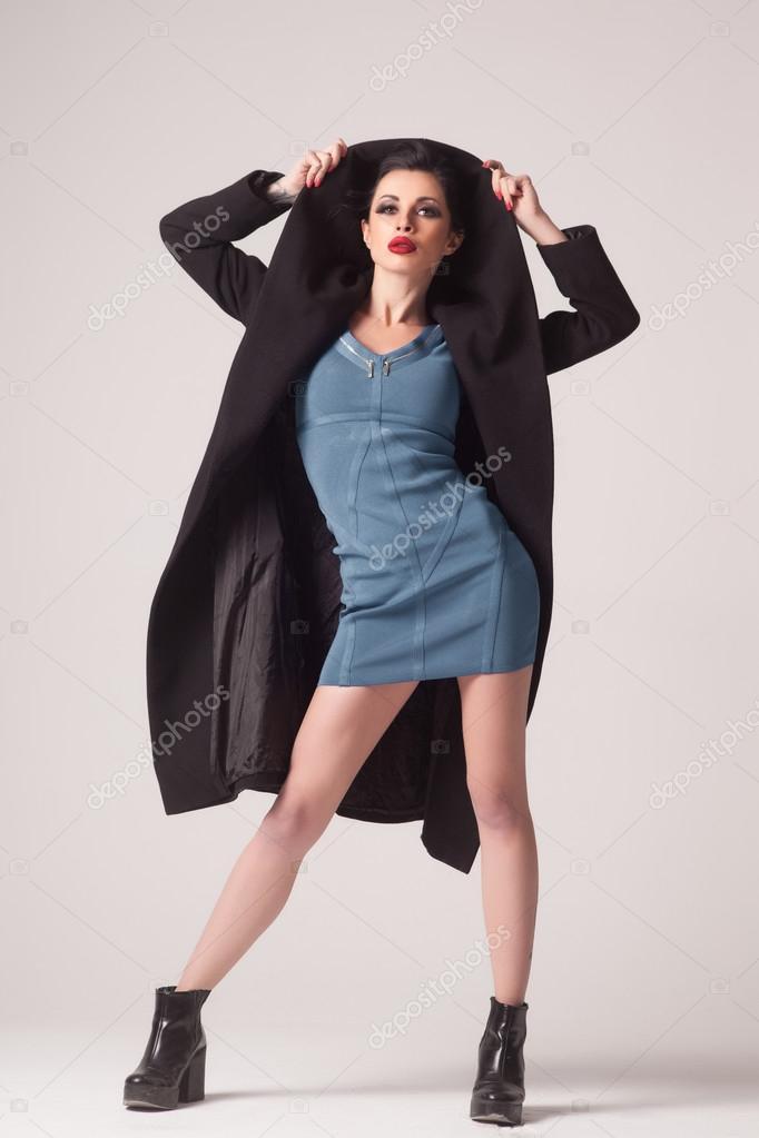 Moda Invierno Negro Abrigo En Un Hermosa Sexy Mujer Otoño f7nvYY