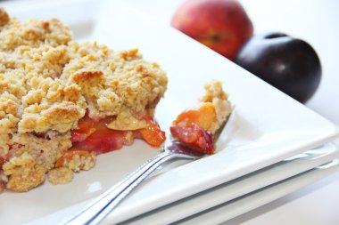 plum peaches crisp
