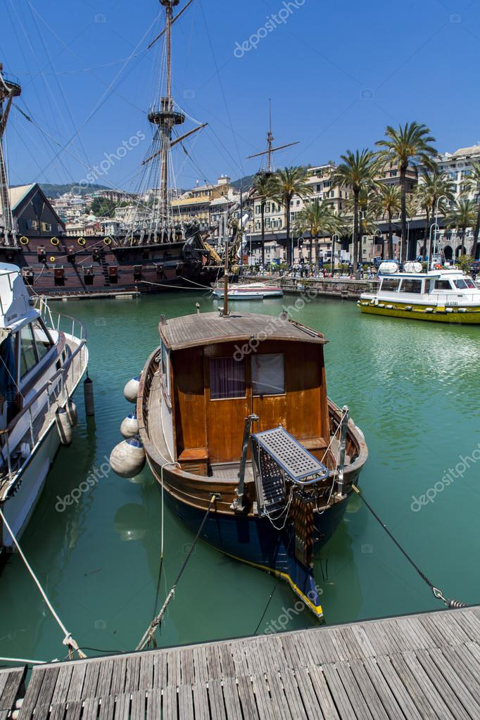 Il Galeone Neptune pirate ship in Genoa