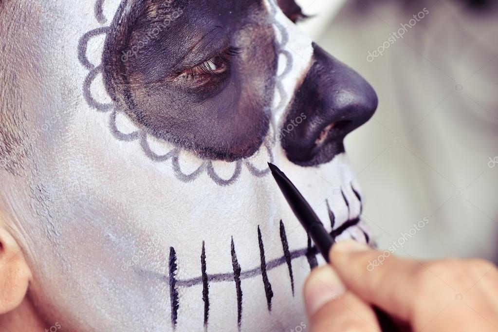 hombre que forman como una calavera de azúcar mexicana — Fotos de ...