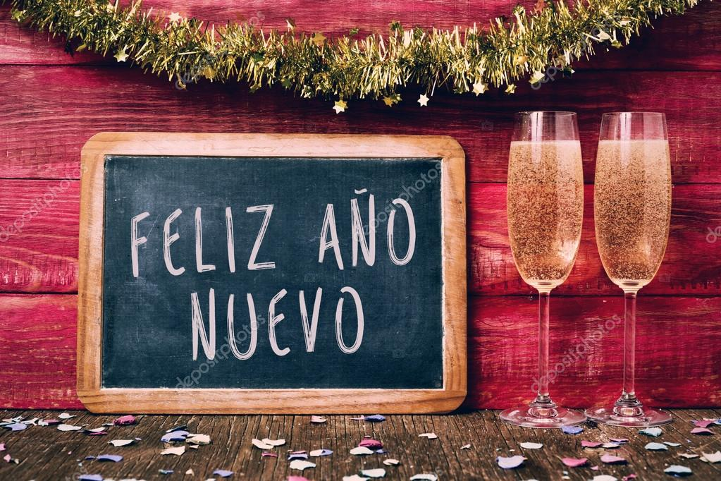 Champanhe E Texto Feliz Ano Novo, Feliz Ano Novo Em
