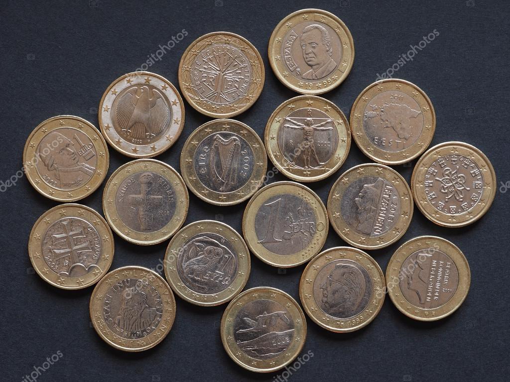 Euro Münzen Vieler Länder Stockfoto Claudiodivizia 110469302