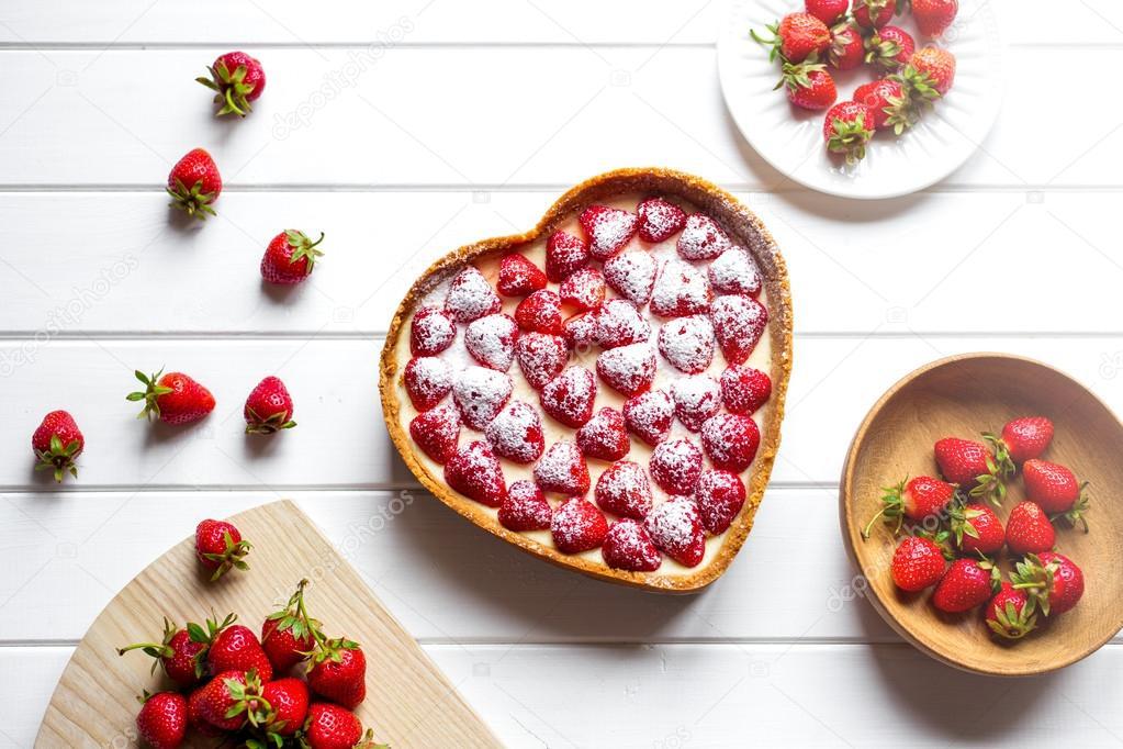 fresh strawberries. ingredients for desserts