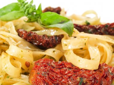 Tagliatelle with dried tomatoes