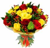 Bouquet of chrysanthemums and red rose