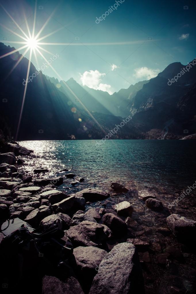 Фотообои Зеленые воды горное озеро Морское Око, Татры, Польша
