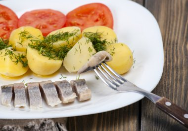 Herring with boiled potatoes