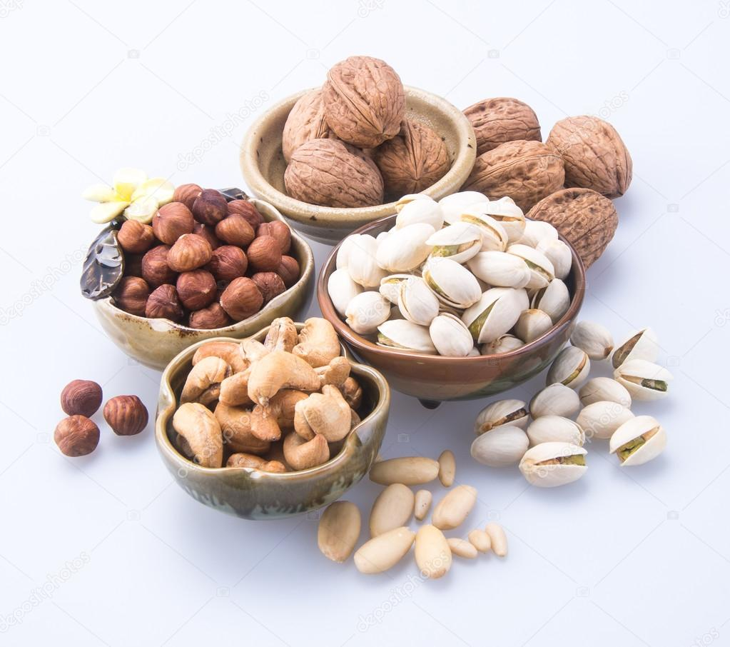 Nuts on the net safety bollard