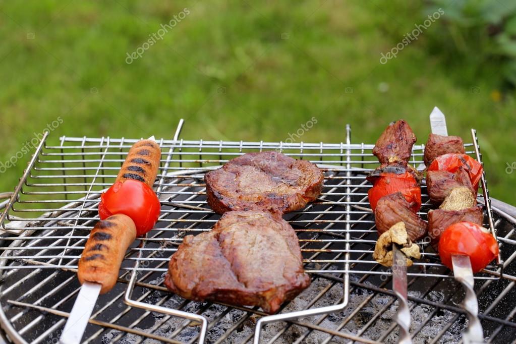 Пикник на природе с барбекю газовый камин кольчугино
