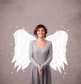 roztomilá dívka s angel ilustrované křídla