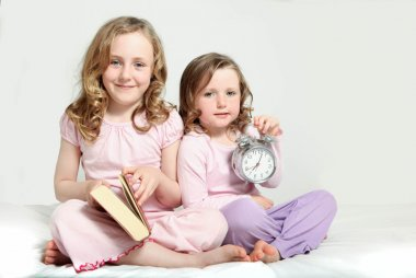 Kids bedtime routine, story book.