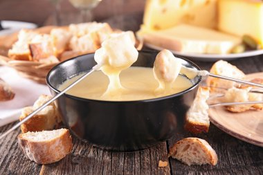Tasty cheese fondue