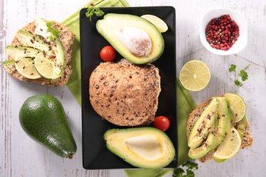 vegetarian avocado sandwiches