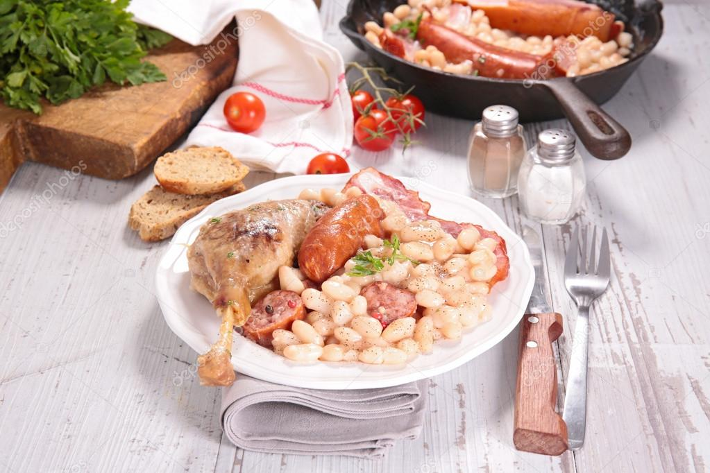 plate of cassoulet, french culinary