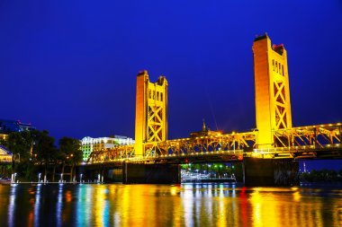 Golden Gates bridge, Sacramento