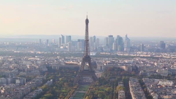 Letecký pohled z Paříže s Eiffelovy věže