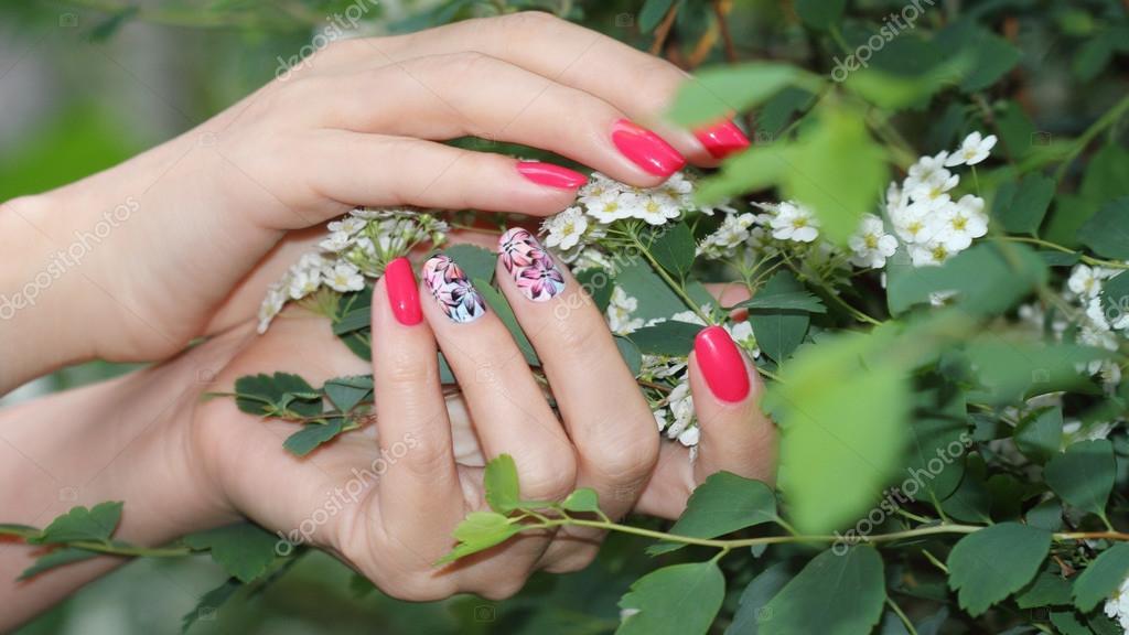 Nail Design Manicure Nail Paint Stockfoto Elena1110 112162898