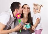 malá dcera a otec Blahopřeji máma