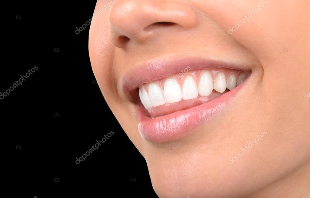 Pele E Dentes Brancos E Bonitos Fotografias De Stock C Rinderart