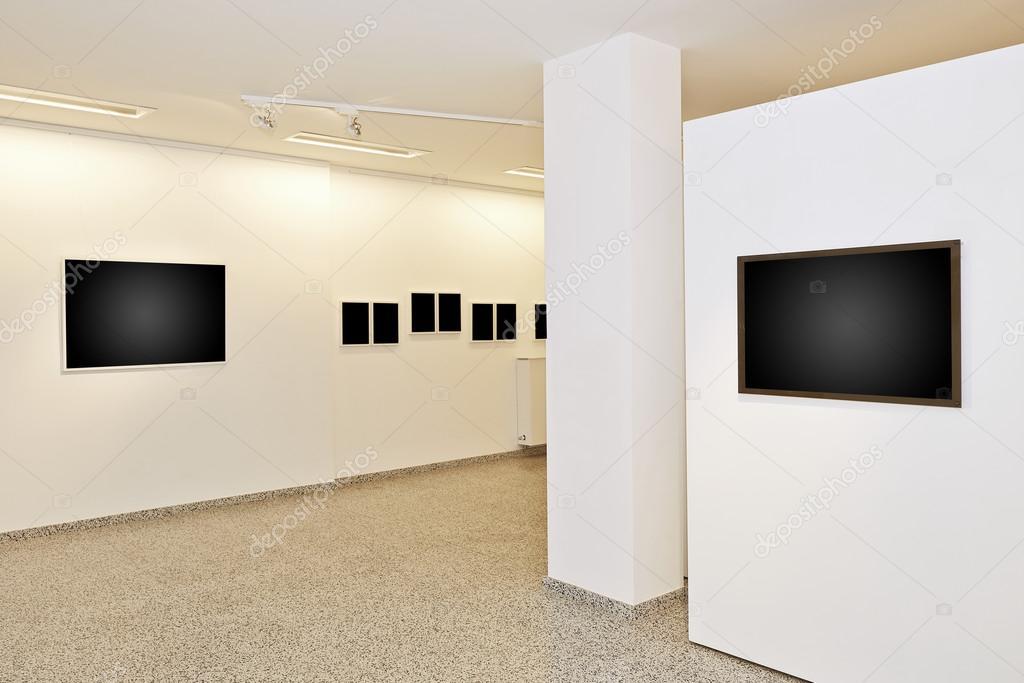 Galería de exposición de arte con cuadros en blanco — Foto de stock ...