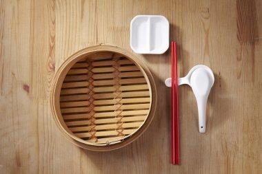 bamboo steamer with chopstick set