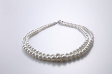 Pearls necklace view