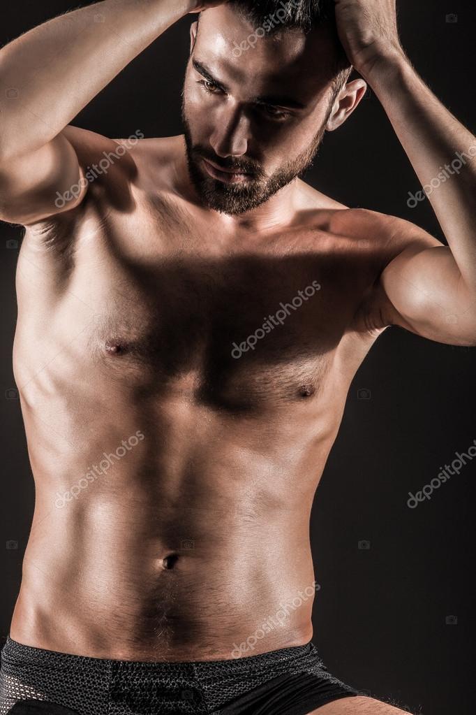 sexy nackt hübsch