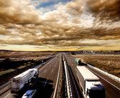 internationale Lieferung und Autobahn