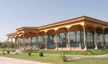 Tashkent Almazar Gallery 2007